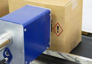 Bicolor detalle 1 300x210 - Каплеструйный принтер высокого разрешения APLINK MRX BICOLOR
